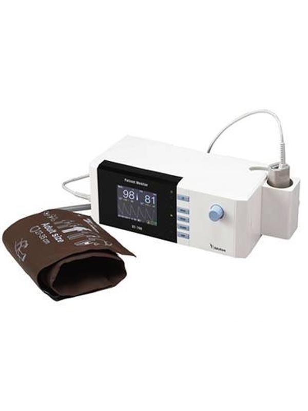 Bistos---Pulse-Oximeter-BT-700.